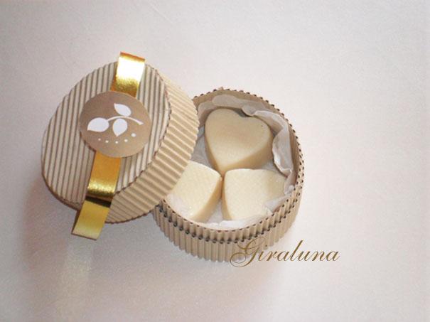 Souvenirs invitaciones giraluna for Cajas personalizadas con fotos